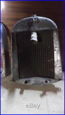 Calandre et radiateur Citroen B2