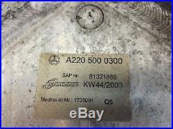 Radiateur Huile Intercooler A2205000300 Mercedes Classe E211 400 CDI (02/04)